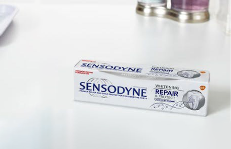 Sensodyne Repair and Protect whitening toothpaste pack and tube