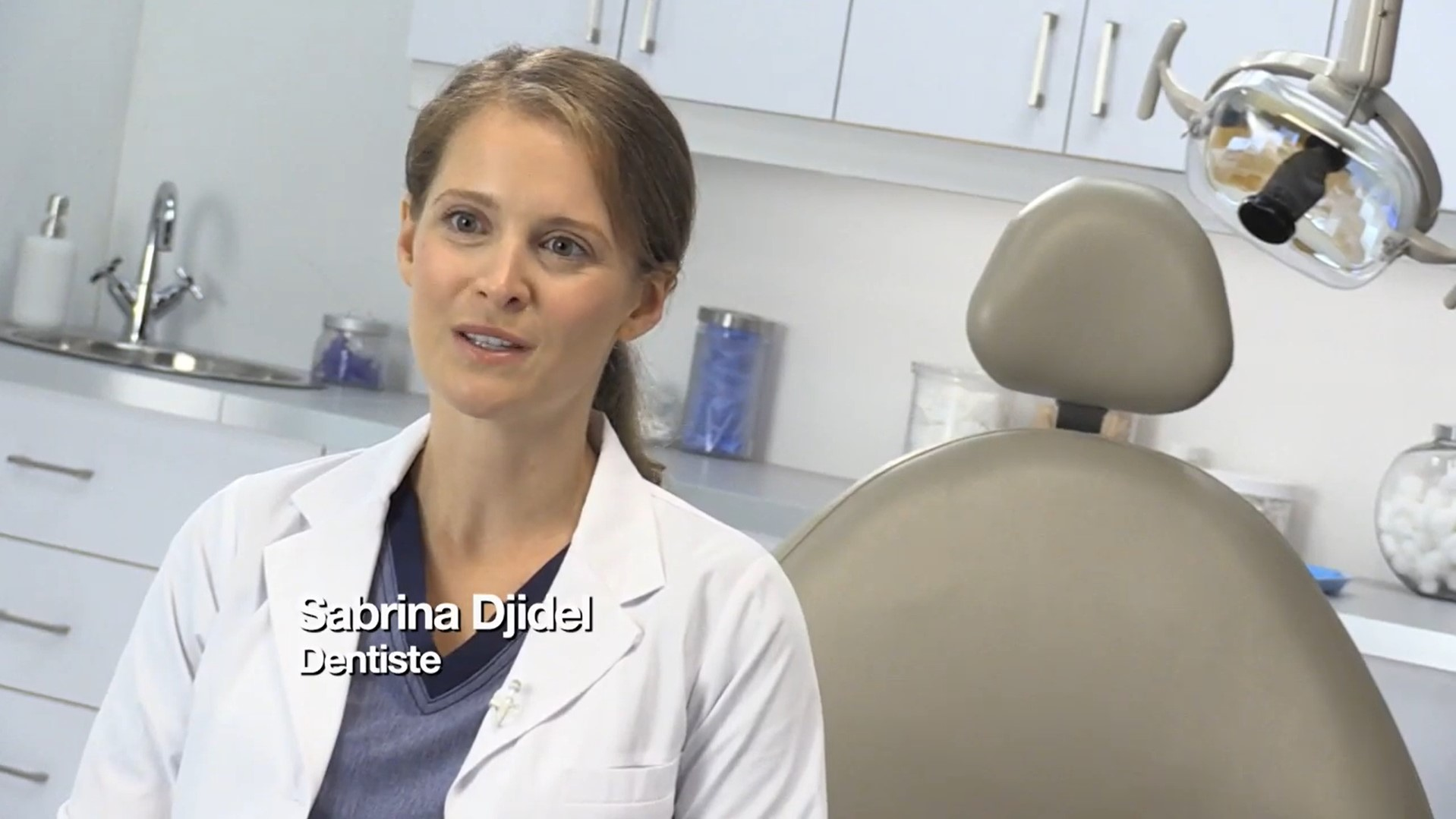 Video explaining why Sensodyne is the #1 recommended sensitivity toothpaste brand